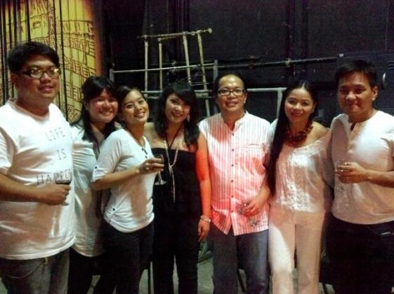 Back stage with Sandy Baliong, Kitchie Nadal, Aia de Leon, Mike Villegas, Bayang Barrios, and Ebe Dancel.